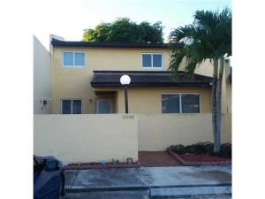 5548 NW 194th Ln #5548. Miami Gardens, Florida - Hometaurus