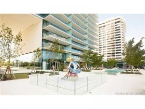 10203 Collins Av #1203. Bal Harbour, Florida - Hometaurus
