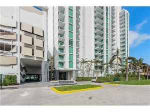 7928 East Dr #505. North Bay Village, Florida - Hometaurus