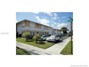 2000 Buchanan St #7. Hollywood, Florida - Hometaurus