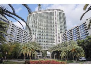 1500 Bay Rd #1208s. Miami Beach, Florida - Hometaurus