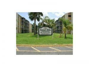 3700 NW 21st St #109. Lauderdale Lakes, Florida - Hometaurus