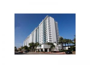 2301 Collins #831. Miami Beach, Florida - Hometaurus