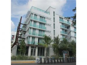 1215 West Ave #408. Miami Beach, Florida - Hometaurus