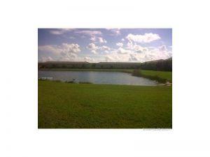 1523 SE 31st Ct #1523. Homestead, Florida - Hometaurus