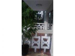1725 James Ave #10. Miami Beach, Florida - Hometaurus