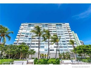 3 Island Ave #11h. Miami Beach, Florida - Hometaurus