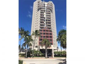 6767 Collins Ave #1204. Miami Beach, Florida - Hometaurus