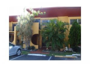 13765 SW 84 St #D. Miami, Florida - Hometaurus