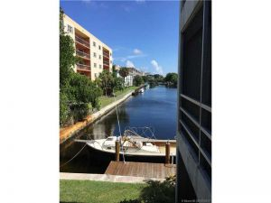 1439 S Ocean Blvd #216. Lauderdale By The Sea, Florida - Hometaurus