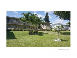495 W Tilford  W #495. Deerfield Beach, Florida - Hometaurus
