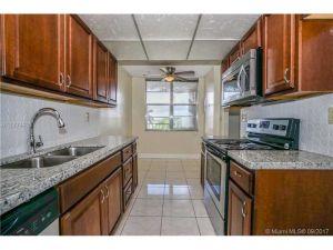 2601 NW 48th Ter #450. Lauderdale Lakes, Florida - Hometaurus