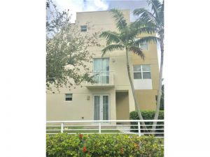 1208 NE 11th Ave #1208. Fort Lauderdale, Florida - Hometaurus