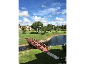 9010 Sunrise Lakes Blvd #306. Sunrise, Florida - Hometaurus
