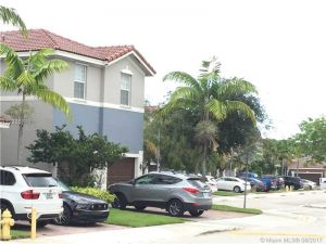 11542 NW 80th St #11542. Doral, Florida - Hometaurus