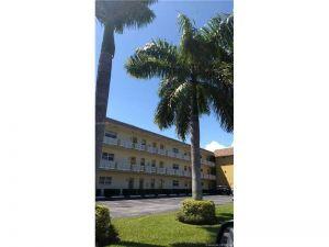 5161 W Oakland Park Blvd #107. Lauderdale Lakes, Florida - Hometaurus