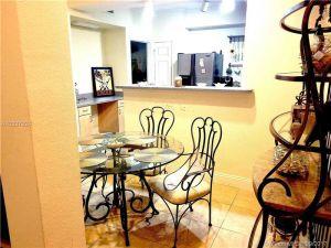 533 NE 3rd Ave #215. Fort Lauderdale, Florida - Hometaurus