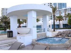 3101 S Ocean Dr #1507. Hollywood, Florida - Hometaurus