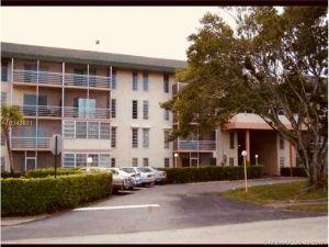 4848 NW 24 Court #107. Lauderdale Lakes, Florida - Hometaurus
