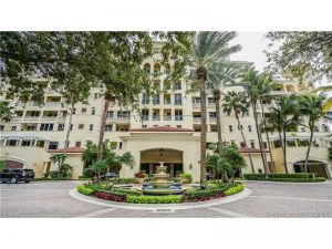 19925 NE 39th Pl #401. Aventura, Florida - Hometaurus