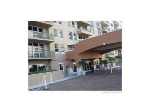 2080 S Ocean Dr #1007. Hallandale, Florida - Hometaurus
