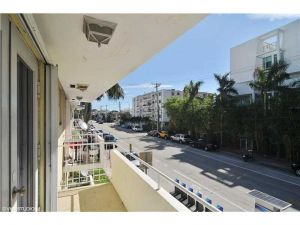 1601 Bay Rd #5. Miami Beach, Florida - Hometaurus