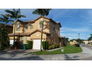 7777 NW 114th Pl #0. Medley, Florida - Hometaurus