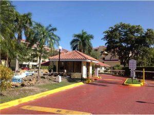 8215 SW 152nd Ave #G-214. Miami, Florida - Hometaurus