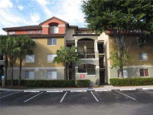 9975 NW 46th St #202-6. Doral, Florida - Hometaurus