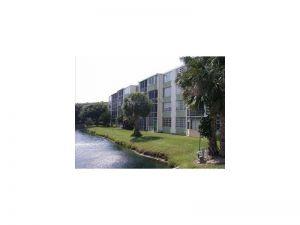 1770 NE 191 St #204. North Miami Beach, Florida - Hometaurus