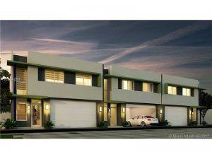 7701 SW 95th Terrace #3. Miami, Florida - Hometaurus