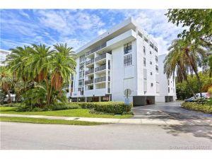 100 Ocean Lane Dr #401. Key Biscayne, Florida