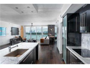 450 Alton Rd #1002. Miami Beach, Florida - Hometaurus
