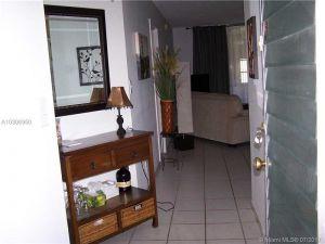 2901 NW 48th Ave #362. Lauderdale Lakes, Florida - Hometaurus
