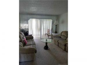 8891 Sunrise Lakes Blvd #205. Sunrise, Florida - Hometaurus