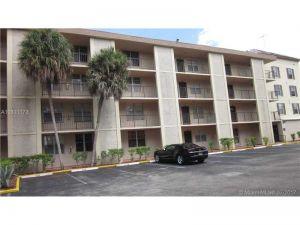 4899 NW 26 Court #456. Lauderdale Lakes, Florida - Hometaurus