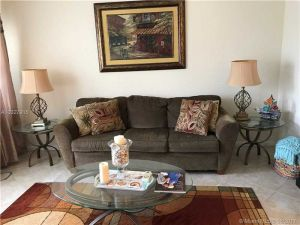 11 Bedford #A. West Palm Beach, Florida - Hometaurus