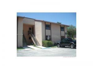 2720 W 63 Pl #103. Hialeah, Florida - Hometaurus