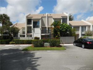 2504 Bridgewood Ln #2504. Boca Raton, Florida - Hometaurus