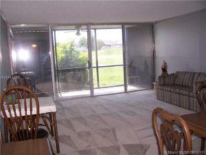 3771 Environ Blvd #155. Lauderhill, Florida - Hometaurus