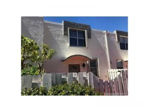 1701 NE 115th St #34-a. North Miami, Florida - Hometaurus