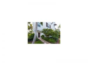 7782 SW 54 Ave #7782. Miami, Florida - Hometaurus