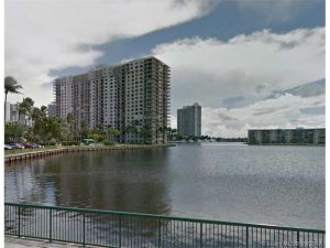 18151 NE 31st Ct #1505. Aventura, Florida - Hometaurus