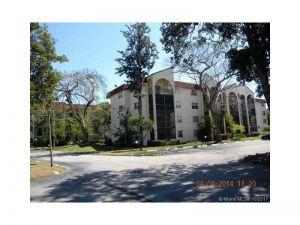 3360 Spanish Moss Ter #412. Lauderhill, Florida - Hometaurus
