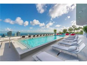 45 SW 9th St #1203. Miami, Florida - Hometaurus