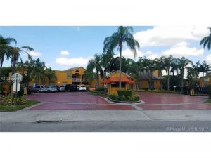 9701 Fontainebleau Blvd #C205. Miami, Florida - Hometaurus