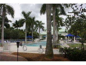 5300 NW 87 Av #313. Doral, Florida - Hometaurus