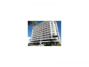 401 Ocean Dr #501. Miami Beach, Florida - Hometaurus
