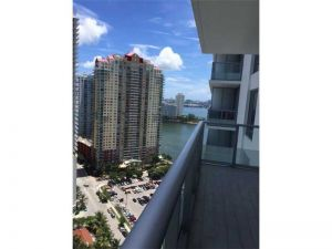 1300 Brickell Bay Dr #2500. Miami, Florida - Hometaurus