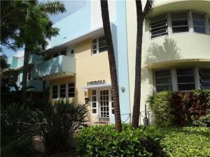 760 Euclid Ave #204. Miami Beach, Florida - Hometaurus